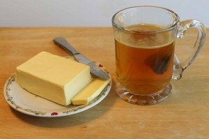 Adding grass fed butter to organic Earl Grey tea makes it more delicious and nutritious.