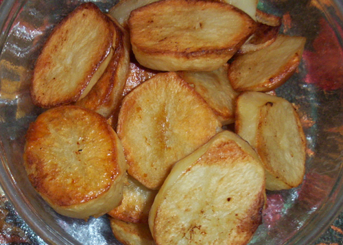 Delicious, traditional roast potatoes